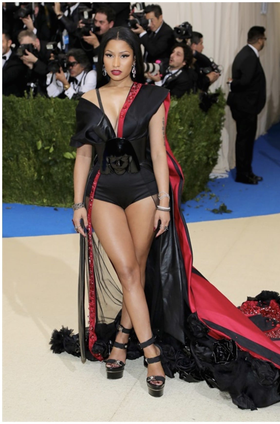 Met Gala 2017, bella hadid met gala 2017, theladycracy.it, elisa bellino, fashion blog, fashion blog 2017, fashion blogger 2017, look da red carpet, come si vestono le star sui red carpet, rihanna met gala 2017