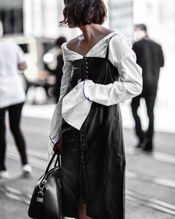 Outfit moda 2017, theladycracy.it, elisa bellino, fashion blog 2017, fashion blogger italiane 2017, fashion blogger milano 2017, blogger moda più seguite 2017, blog moda italiani 2017, off shoulders trend 2017, camicie donna larghe 2017, come vestirsi alla moda 2017,