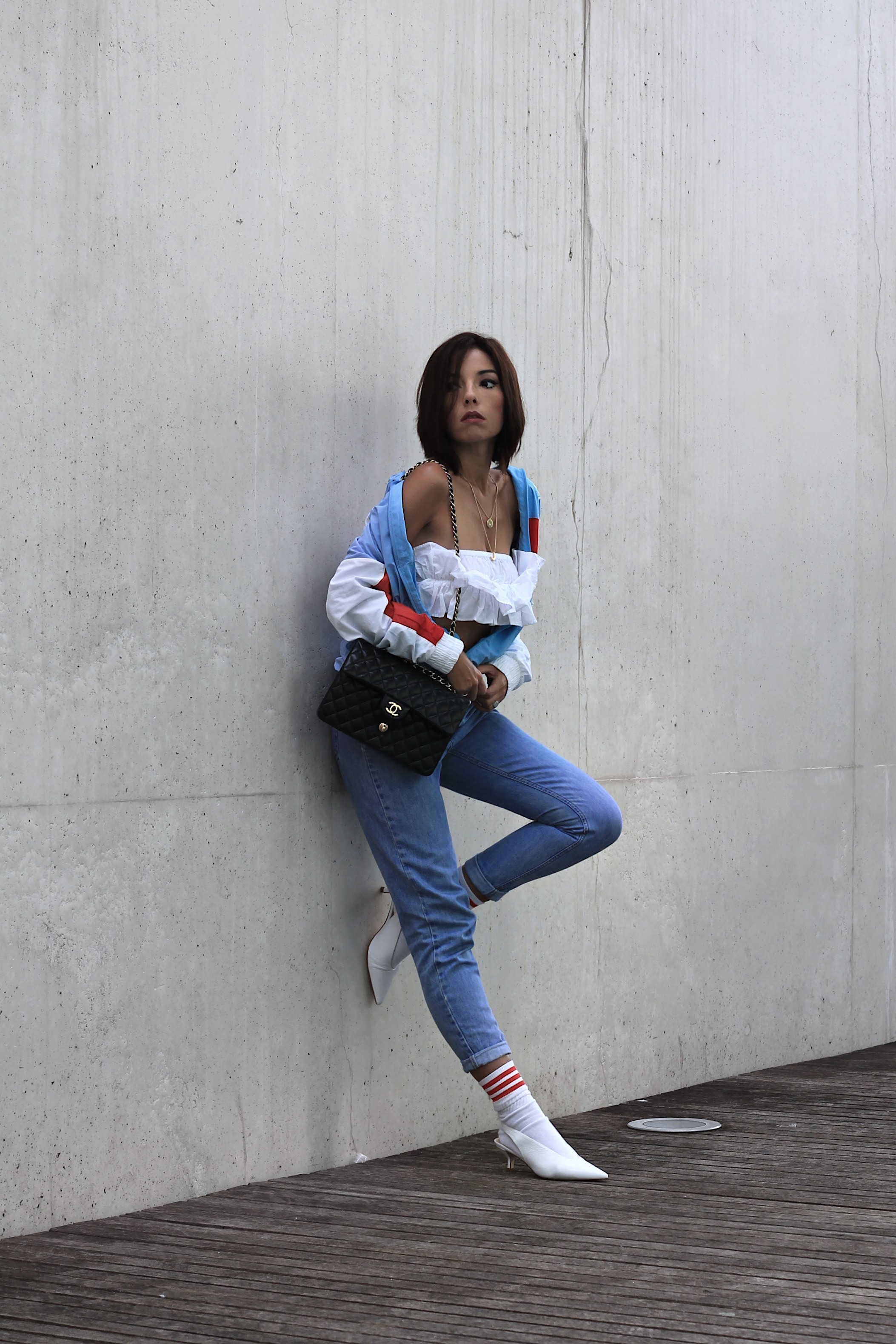 Cosa si cerca sui social network, come vestirsi sporty chic, theladycracy.it, elisa bellino, fashion blog 2017, fashion blogger italia 2017, blogger moda 2017, reebok felpe inverno 2017, reebok felpe stile anni 90, zara scarpe autunno inverno 2017, chanel 2.55 timeless, come si mettono le calze sportive con i tacchi, blogger moda più seguite 2017, fashion blogger famose 2017, outfit moda autunno 2017, reebok sweater fall 2017, chanel 2.55 borsa originale