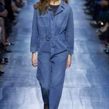 Total look con jeans: nel nome del blu denim, ecco come si fa