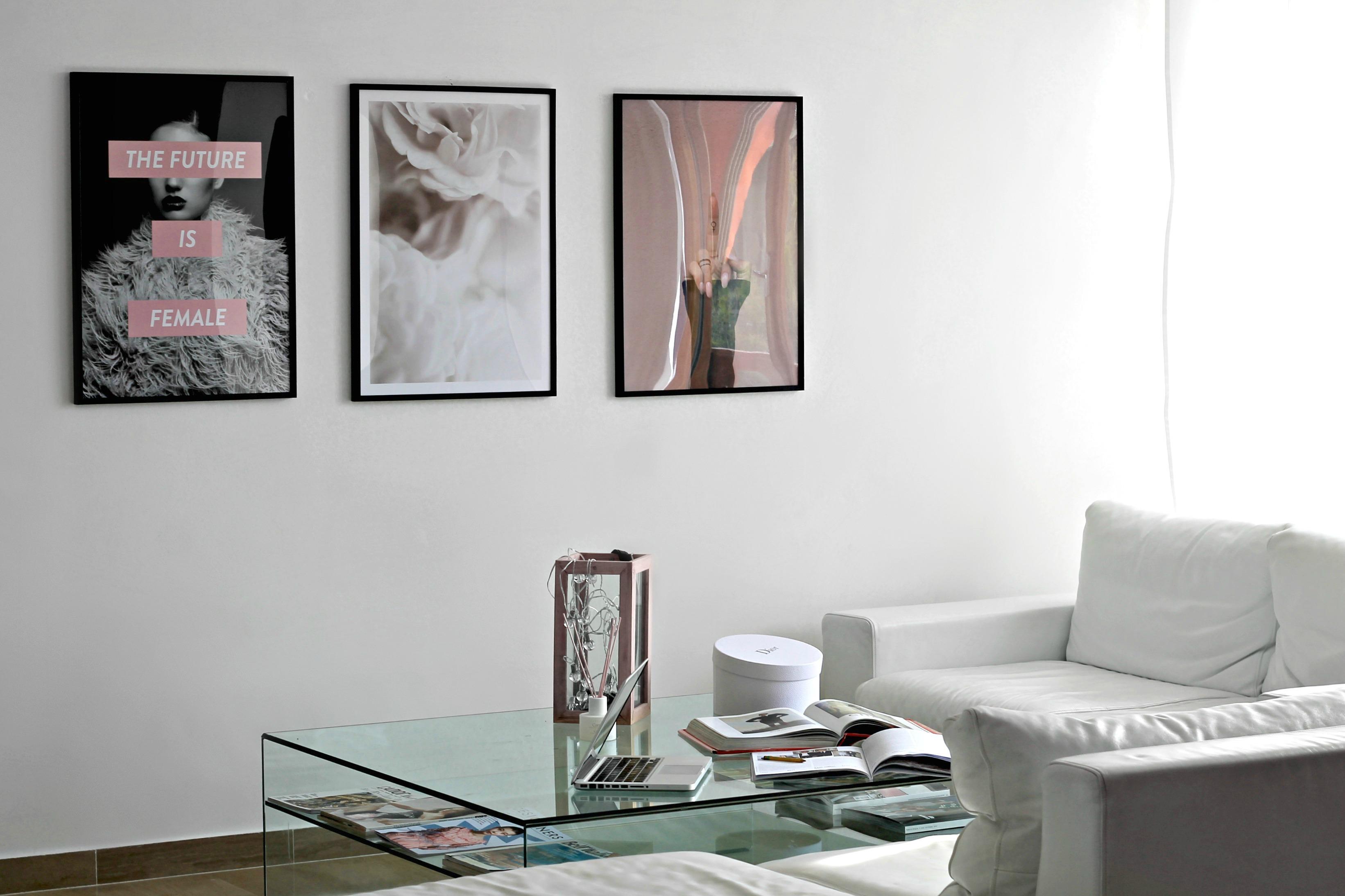 Poster da parete per un ambiente in stile nordico e chic for Stampe arredo casa