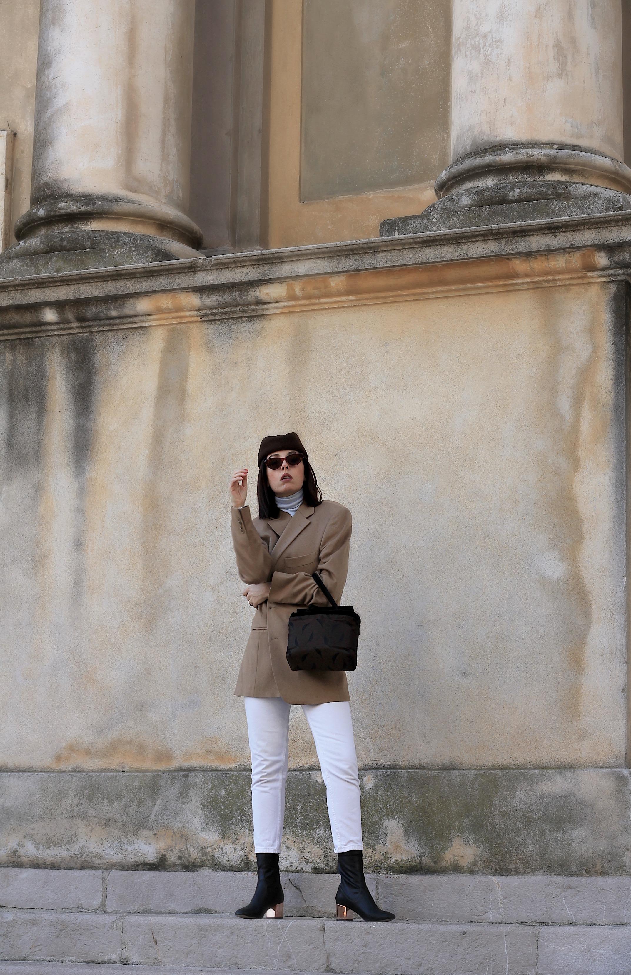 moda 2018, outfit moda 2018, tendenze moda 2018, power suit 2018, come indossare giacca uomo, outfit stile anni 80, blogger moda 2018, blogger moda italiane 2018, fashion blogger italialiane 2018, blogger milano 2018, elisa bellino, cintura gucci vintage, occhiali anni 80