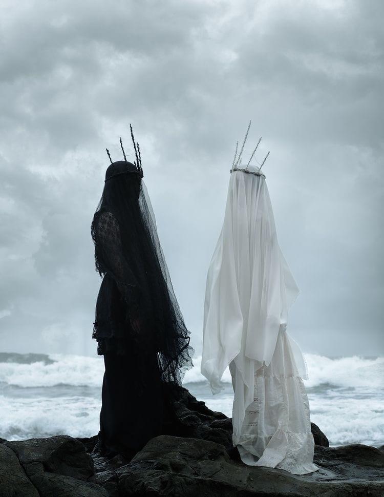 Dialogo di moda e morte, theladycracy.it, elisa bellino, kate spade morte, alexander mcqueen documentario, società 2018, moda mostruosa 2018, sociologia moda 2018