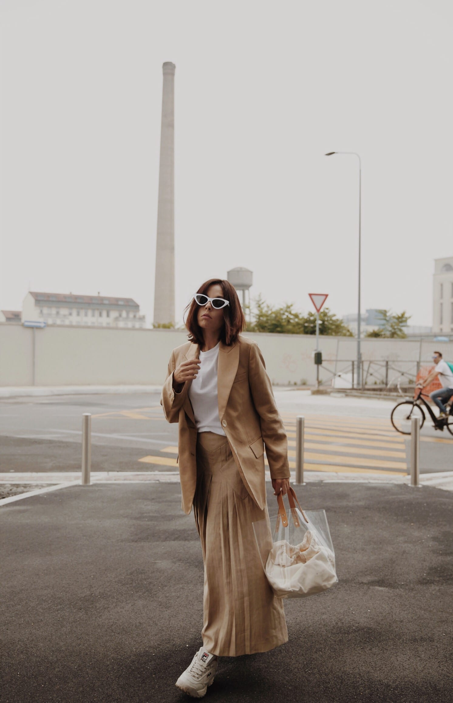 Streetwear culture, theladycracy.it, massimo dutti outfit 2018, fila scarpe outfit 2018, outfit estate 2018, minimal blogger 2018, beige aesthetic, fashion editorial blog 2018, elisa bellino, come vestirsi milano 2018, stile minimal come vestirsi