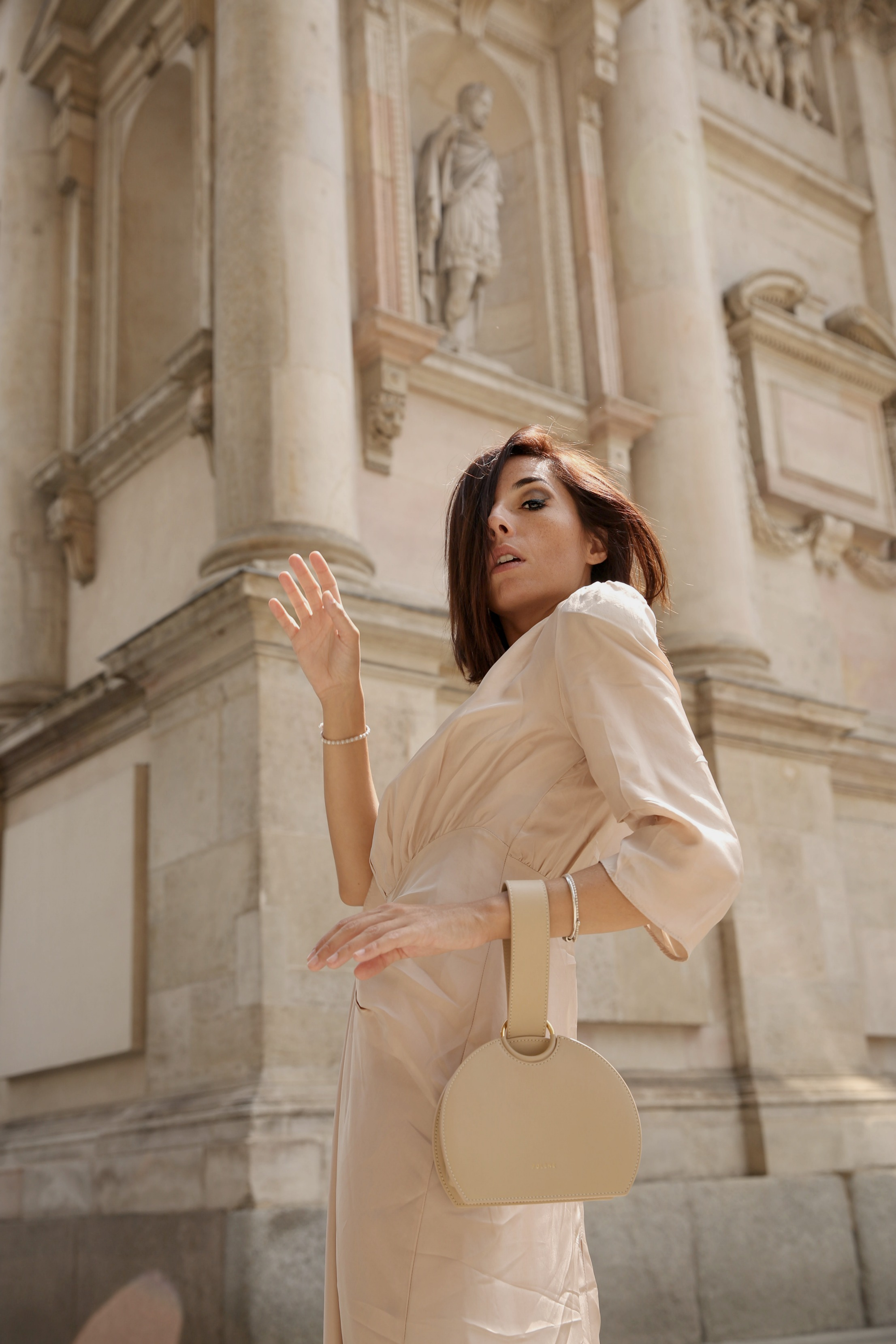 Vetements non vende, theladycracy, elisa bellino, fashion blog moda, blogger moda, loeil dress, minimal blogger, minimal style outfit, elisa bellino, polene paris bag