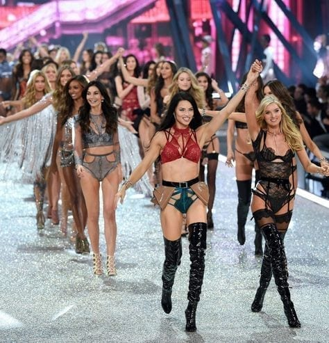 Victoria's Secret fashion show 2019, la fine di victoria's secret, flop victoria's secret, theladycracy.it, elisa bellino, fashion blogger italia