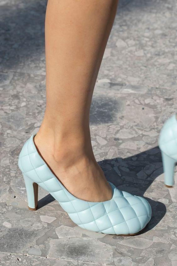 ultime tendenze moda 2019, vestirsi settembre milano 2019, scarpe punta quadrata come indossarle .jpg