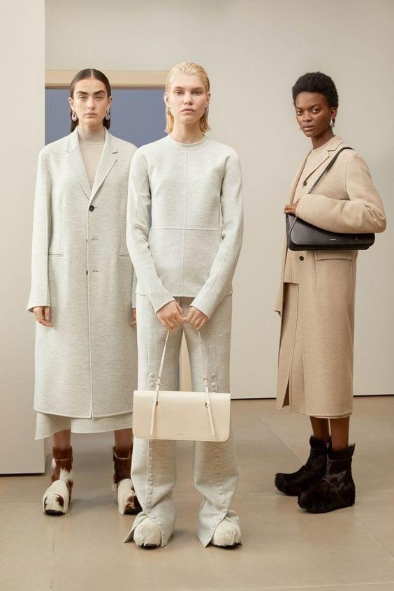 ultime tendenze moda 2019, vestirsi settembre milano 2019, come vestire minimal autunno 2019, jil sander sfilata 2019 .jpg
